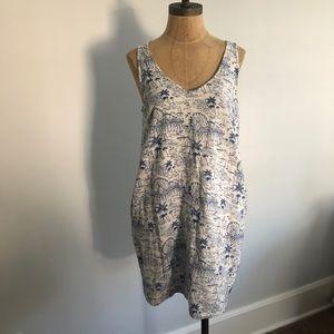 Old Navy boat themed dress
